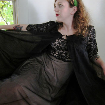 Vintage 1950s Black Lace Peignoir Nightgown and by BasyaBerkman