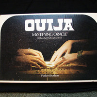 Vintage 1972 William Fuld Ouija Board Game, Parker Brothers with box, complete