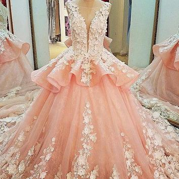 Tulle Lace Scoop Neckline Ball Gown Wedding Dress With Lace Appliques,Quinceanera Dresses OK619