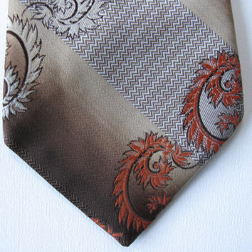 Strange of London Paisley Vintage Necktie - Brown Paisley Kipper Tie - Seventies Clothing - Hippy Clothing - Hipster Clothing - 1970s Style
