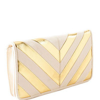CAMDEN CHEVRON CLUTCH IN GOLD