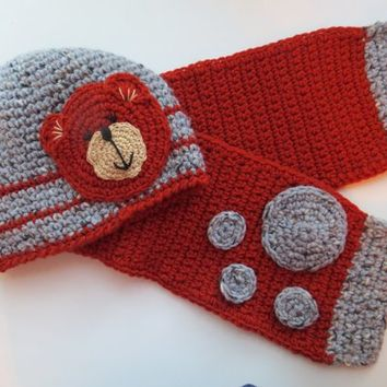 Bear Crochet Hat and  Scarf, Fleece Lining, Free shippin