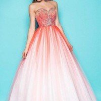 Fun Prom Dresses 2013: Look Awesome in Ombre!
