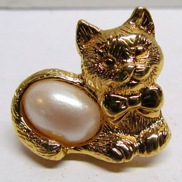 Vintage Avon Cat / Kitty Pin Gold Tone, Costume Jewelry