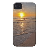 Case: Sunset by the Beach Case-Mate iPhone 4 Case