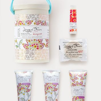 Library Of Flowers Honeycomb Deluxe Gift Set: Field Kit & Candle