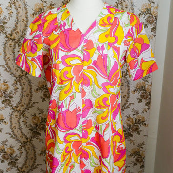 1960s 70s Floral Tulip Pop Art Style Mini Shift Dress S R224C