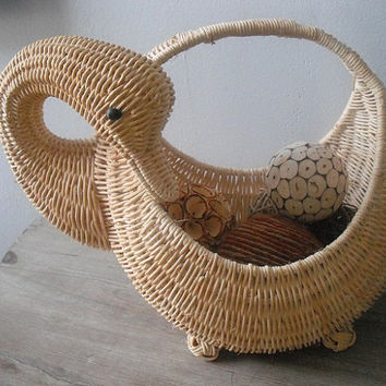 lovely woven wicker Duck Goose basket ... fill with rag balls or yarn or you name it