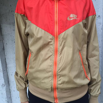 Vintage Nike Jacket/ Windbreaker Made in U.S.A. 80'S Size L