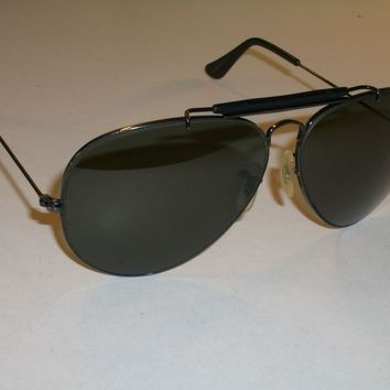 1970's 62 14mm VINTAGE B&L RAY BAN BLACK G15 OUTDOORSMAN II AVIATOR SUNGLASSES