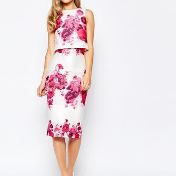 True Violet | True Violet 2 In 1 Pencil Dress In Rose Floral Print at ASOS