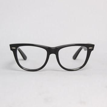 80s RAY-BAN Glasses FRAMES / 1980s Classic Thick Black Wayfarer 2