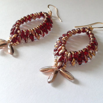 handmade beadwoven earrings of red superduo and swarovski bicone