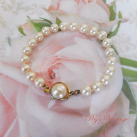 Vintage Blush Pink Pearl Bracelet, Knotted Glass Faux Pearl Wedding / Bridal Bracelet Jewelry