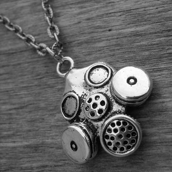 Gas Mask Necklace Gasmask Necklace Steampunk Neo Victorian Gothic Zombie Apocalypse Cyber Goth Doctor Who Silver Gas Mask Jewelry Gasmask