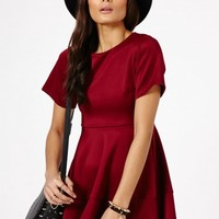 Missguided - Hosha Structured Skater Dress In Burgundy