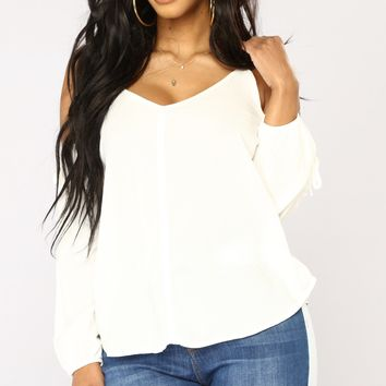 Hermosa Cold Shoulder Top - White