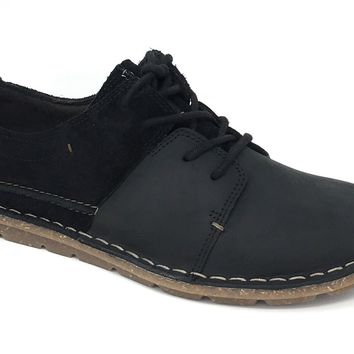 Clarks Tamitha Daisy Black Leather/Suede Combo Lace-Up Shoes