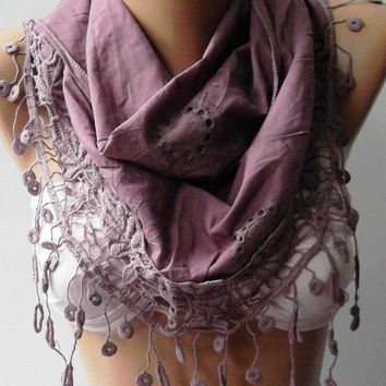 Lilac - Elegance Shawl / Scarf with Lace Edge