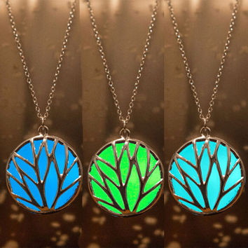 Glow In The Dark Round Tree Of Life Necklace Steampunk Pretty Magic Fairy Locket Vintage Glow Necklaces