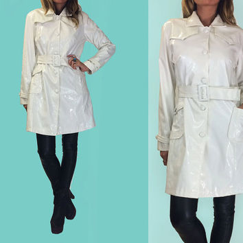 Vintage 80's does 60's WHITE Mod Slicker Trench Rain Coat || Patent Jacket || Size Medium Size Small