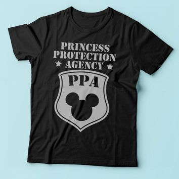 Princess Protectin Agency Disney Princess Running Hiking Gym Sport Runner Yoga Funny Thanksgiving Christmas Funny Quotes Men'S T Shirt