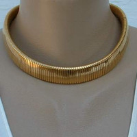 MONET Omega Choker Wide Chain Necklace Vintage Jewelry