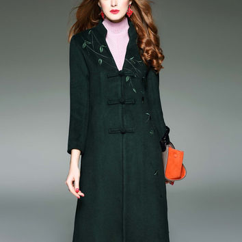 D. FANNI Nine Quarter Embroidery Woolen Coat