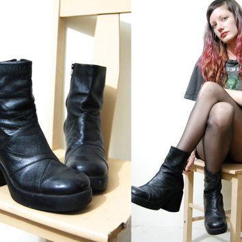90s Leather PLATFORM BOOTS Vintage Black Chunky Heel Shoes Ankle Length Round Toe Grunge Club Kid 1990s vtg Size 10 / eu 42