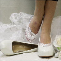 ENCHANTING LACE wedding lace socks -  white