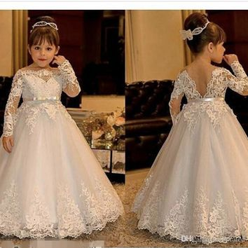 Long Sleeve Lace Organza Flowers Girls Dress 2017 for Weddings Ribbon Bow Vintage Girls Pageant Gowns Sexy Girl Communion Dress