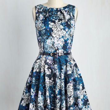 Luck Be a Lady Dress in Blue Garden | Mod Retro Vintage Dresses | ModCloth.com