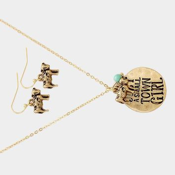 Small Town Girl Necklace Gold