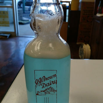JJ BROWN DAIRY GLASS VINTAGE MILK BOTTLE ONE QUART ASHLEY BABY FACE BOTTLE TRPQ