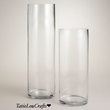 Set of 2 Clear Vases. Perfect as a Wedding Centerpiece// Baby Shower// Wedding Decor// Home Decor// Flower Vases// Candle Vases.