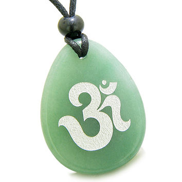 Amulet Ancient OM Tibetan Symbol Magic Green Quartz Pendant Necklace