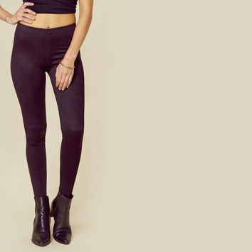 Basic Suede Legging