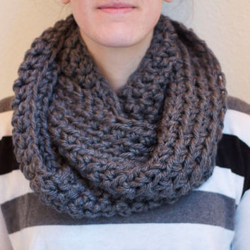 Chunky Infinity Scarf, Crochet Loop Scarf, Circle Scarf, Winter Scarf, Charcoal Gray