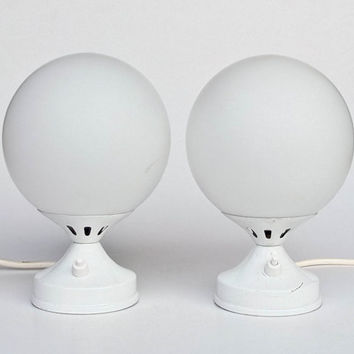 Mid Century Modern Bubble Lamp Pair / White Globe Bedside Table  Lamps / Atomic Lighting / 70's Space Age Retro Decor