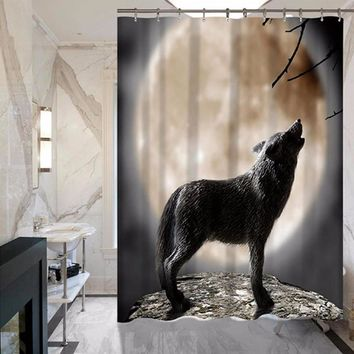 Wolves Printing Polyester Waterproof Shower Curtain
