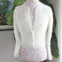 Ready to be shipped/ HANDMADE very FLUFFY Ivory Kate Middleton Angora Shrug / Bolero hand knitted with handspun angora yarn/ fit size SMALL