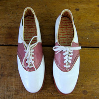 Vintage Pink and White SADDLE Shoes VEGAN Preppy School Girl Hipster Indie Girl Lace Up Oxfords 80s Retro Prep Rockabilly Shoes Size 9 9.5