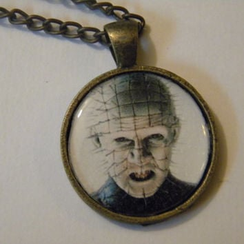 Pinhead necklace