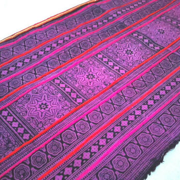 Northern Thailand Hmong Tribal Ethnic Fabric By The Yard 104