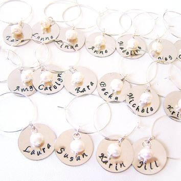 Custom Hand Stamped Name Freshwater Pearl Wedding Wine Charms Favors / Set of 25