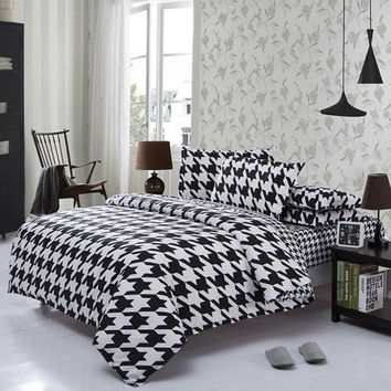 3 Or 4pcs Polyester Fiber Black White Stripe Plaid Geometry Stars Reactive Print Bedding Sets 3 Size