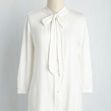 Cross Your Universities Top in Ivory | Mod Retro Vintage Short Sleeve Shirts | ModCloth.com