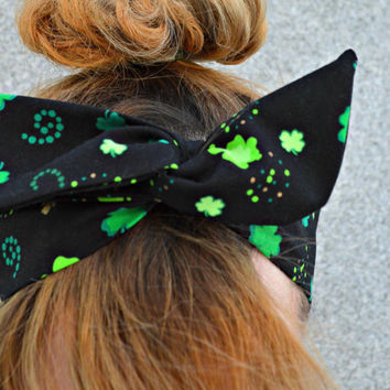 St Patricks day, headbandGreen Dolly bow headband , green headband , Green Head wrap