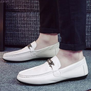 Mens Casual Retro Driving Peas Loafers Zapatos Hombre Mental Dress Sapatos Masculinos Black White Orange Leather Moccasins Homme