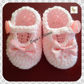 Newborn Baby Shoes, Crochet Christening Baby Booties, Baby Booties with Bow, Baby Booties